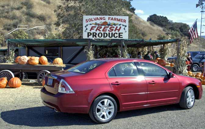 2005 Ford Fusion-side_0009LOW