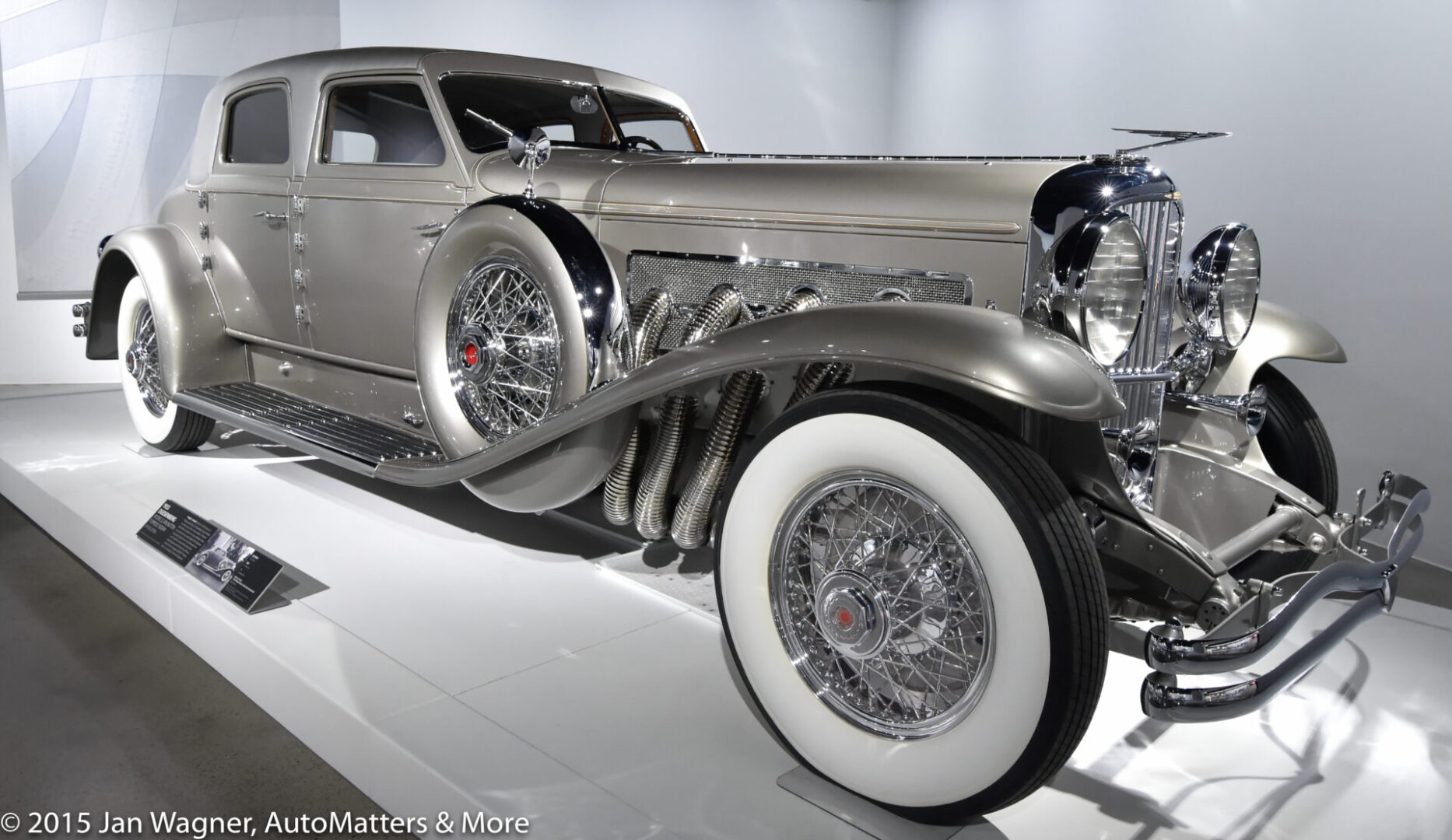 01289-20151203 Petersen Automotive Museum-Grand Reopening-Media Day-Los Angeles-15-30mm-D4s-2of2
